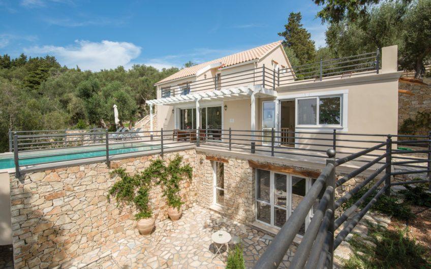 Kastanida Houses, Paxos