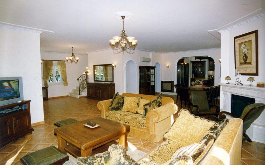 Villa Kamelia, Kassiopi