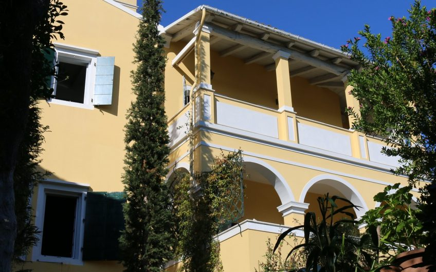 Montebello Manor, nr Kavalouri